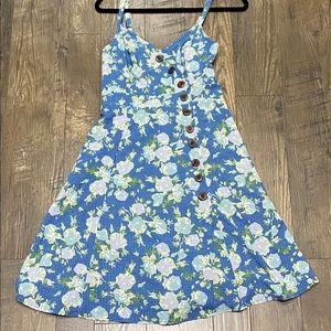 Mod Cloth Floral Dress. Size Large.
